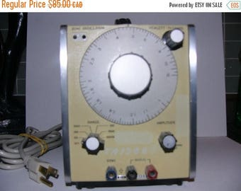 ON SALE Hewlett-Packard 204c Oscillator