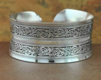 bracelets antique silver plated