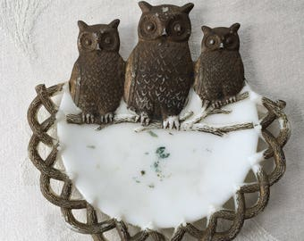 """Antique Westmoreland Milk Glass Plate with 3 Owls, Dated July 2, 1901, 7 1/4"""" round"""
