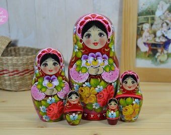 Russian matryoshka, Wooden nesting doll with black hair and brown eyes, Gift for woman, Hand painted babushka in red and pink, Folk art