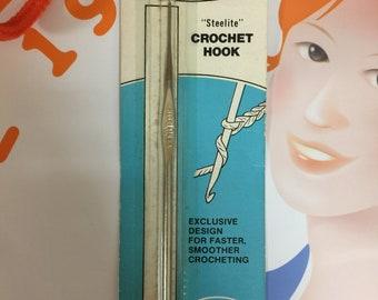Vintage Crochet Hook, Susan Bates Steelite Crochet Hook, NOS Vintage 1960's Susan Bates CLIPSON Size 10 Metal Crochet Hook