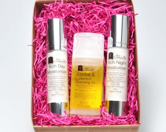 Cleansing oil and Day & Night Moisturisers. Gift packaged.