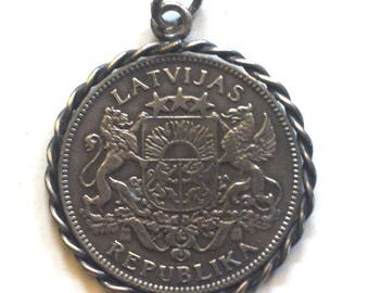 Silver Latvia Coin Pendant on soldered rings 1 Lats 1924