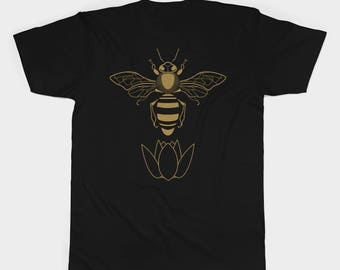 Animal t shirt, wildlife t shirt, honey bee t shirt, honey bee shirt, honey bee design, bee design, bee shirt, original t shirt,unisex shirt