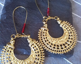 Half moon in gold and Red earrings