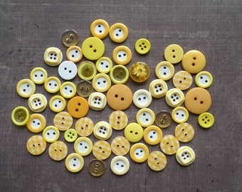 Lot 60 shade mix size matte printed Transparent yellow plastic buttons