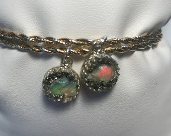 Raw opal bangle.Rough opal bangle.Raw opal charm bangle.Natural opal bangle.raw opal stacking bangle.