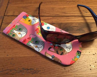 Eyeglass Case Padded KITTY  Quilt Fabric Large enough for SUNGLASSES  New Handmade Cats