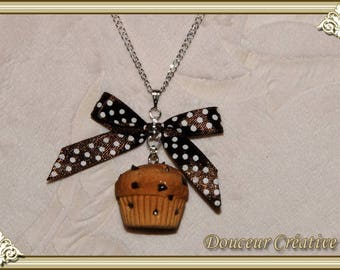 Chocolate muffin 103008 necklace