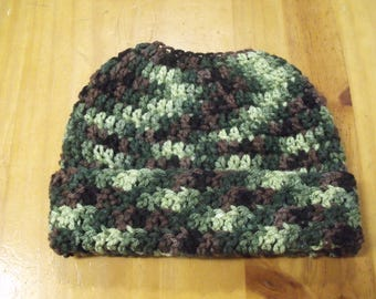 New Handmade Crochet Green Brown Camo Camouflage Ponytail Messy Bun Hat Beanie