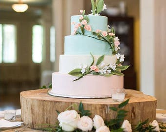 Barkless log cake stand for rustic weddings