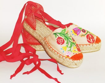 Embroidered espadrilles Flowers colorful   Organic cotton  Alpargatas made in Spain