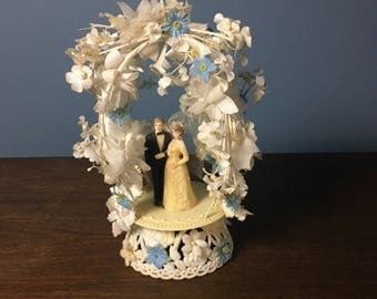 Vintage Plastic Wedding Cake Topper Bride and Groom with Fabric Veil and Blue and White Flowers (CT #21)