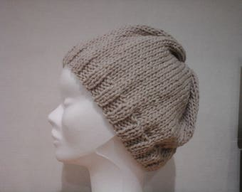 adult hat in beige wool