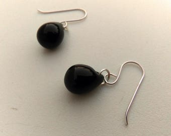 Black Drop earrings, Jet Black Earrings, Crystal Briolette Silver Earrings, Czech Glass Earring, Sterling Silver Raindrop Teardrop Earrings