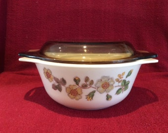 Pyrex Autumn Leaves by Marks & Spencer Casserole Dish 800ml 1985's