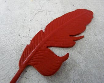 Large feather (8.9 cm) leather Red