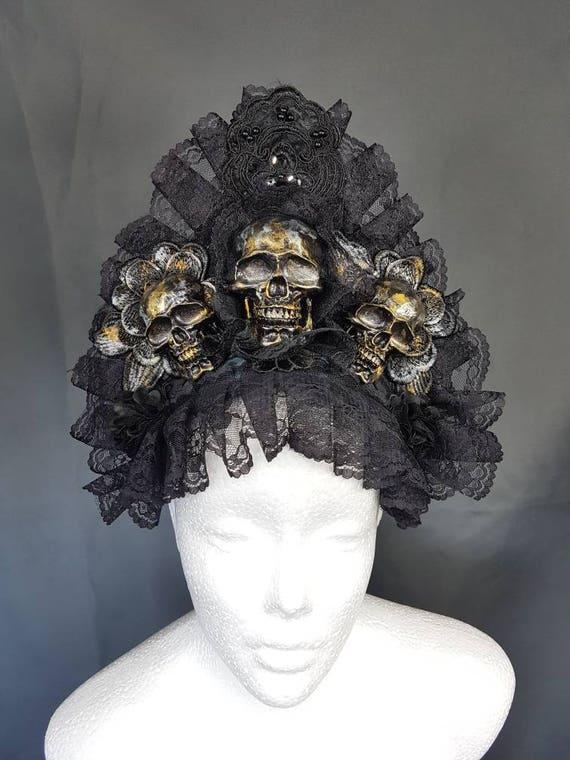 Skull kokoshnik head piece in gold silver bronze colour with lace trim / skull kokoshnik in gold silver bronze finish