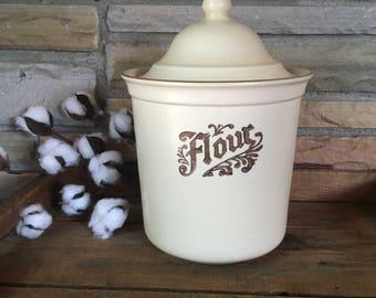 Vintage Pfaltzgraff Flour Canister , Villiage , Stoneware , Folk Art , Flour Container , Kitchen Decor , Farmhouse , Retro , Beige , Brown