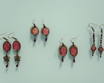 Japanese paper earrings pink with golden flowers.
