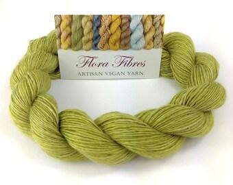 """Hand spun naturally dyed vegan rose light fingering weight yarn """"Pistachio Ice Cream"""" for knitting crochet weaving UK"""