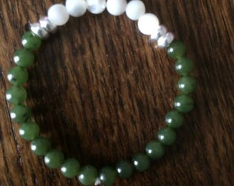 Childs Beaded Bracelet, Green Jade, Mother of Pearl, 925 Silver, For Protection