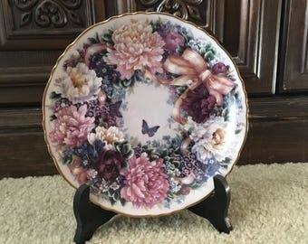Circle of Love By Lena Lou The Bradford Exchange Collectors Plate