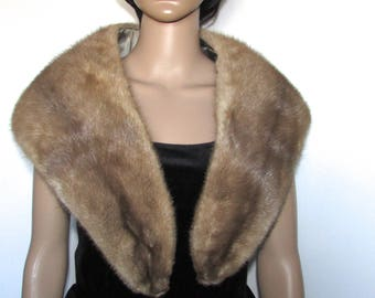 "Très beau collet châle de véritable fourrure de vison pastel/  beautiful  pastel mink real fur shawl collar  44"" X  7"""