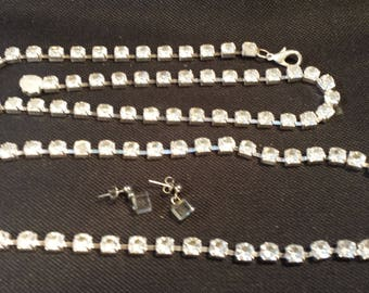 Vintage Costume Jewelry NECKLACE and EARRING SET
