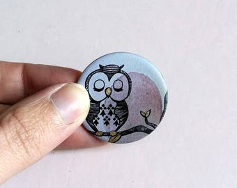 """OWL"" badge button with pin, metal, graphic grey rose, fashion accessory, costume jewelry"