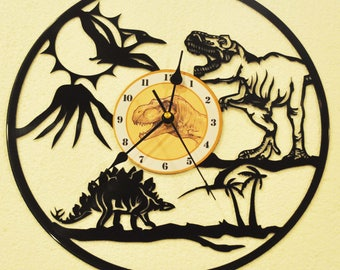 Dinosaur Lovers vinyl record clock ** FREE SHIPPING**