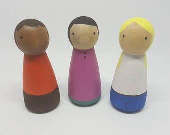 3 x Mother/Female Peg Dolls