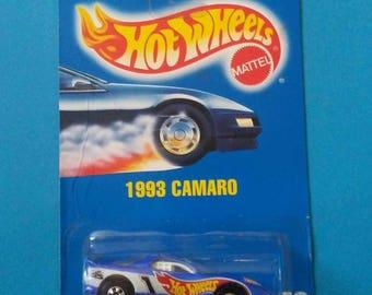 Hot Wheels #242 1993 Camaro new on card