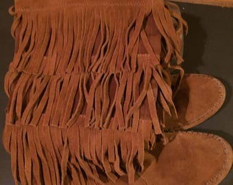 Comfortable,cozy, hippie, fringed, midcal,f boots