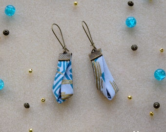 Earrings in African wax, blue and gold