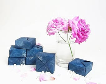15 origami boxes, navy blue, silver