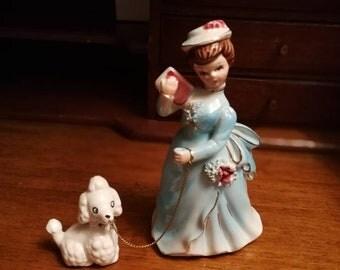 Vintage 16 cm porcelain poodle ornament and his mistress, kitshcy cute vintage 60s