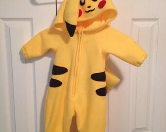 Pikachu costume (baby/toddler)