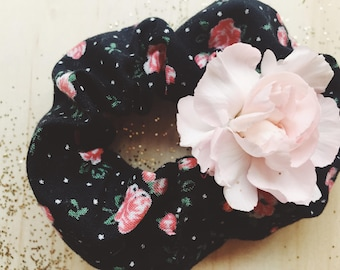 Flower Fiend Scrunchie