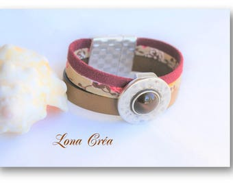 Light brown leather Cuff Bracelet, Liberty and suede Bordeaux, passing round hammered with sharpened and zamak