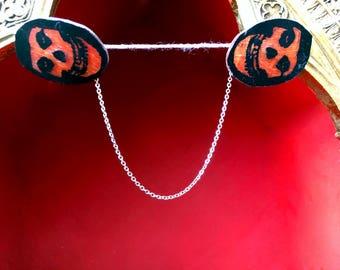Punk Rock Skull Cardigan Clips