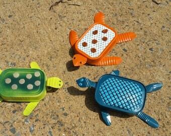 Metal Garden Art  tin turtles