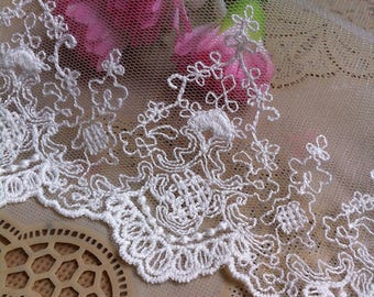 Vintage Beige Embroidery Flower Mesh Lace Trim 5.11 Inches Wide 1   Yard/ Craft Supplies, WL1762