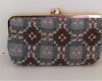 Lovely vintage tapestry purse