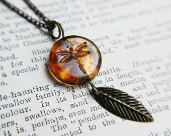 Dragonfly Amber Necklace Glass Lampwork Bead Vintage Jewelry Bronze Chain Inspired by Outlander