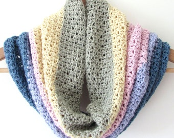 Crochet cowl pattern, crochet cowl, cowl pattern, crochet neckwarmer, crochet scarf - Crossbill Crochet Cowl