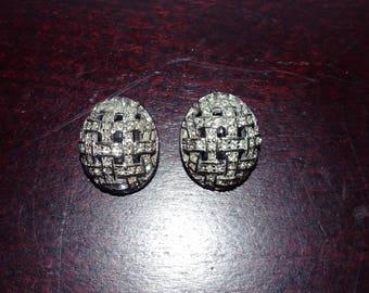 Vintage Carolee Pave Oval Cross Pattern Silver Tone Clip Earrings