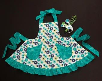 Toddler's Apron, Size 3-4 Bib Apron, Little Girl's Apron, Child's Apron, Navy/Aqua/White Print Apron, Bib Apron, Apron with Pockets