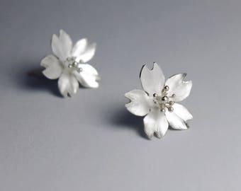 Season-Mini Cherry Blossom-Sakura-Silver Earrings- single petals/ handmade,stud earrings