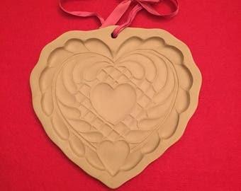 1988 Brown Bag Cookie Art heart cookie mold/stamp